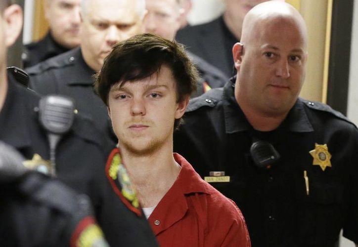 El joven Ethan Couch, acusado de matar a cuatro personas cuando conducía alcoholizado, será juzgado como adulto. (AP)