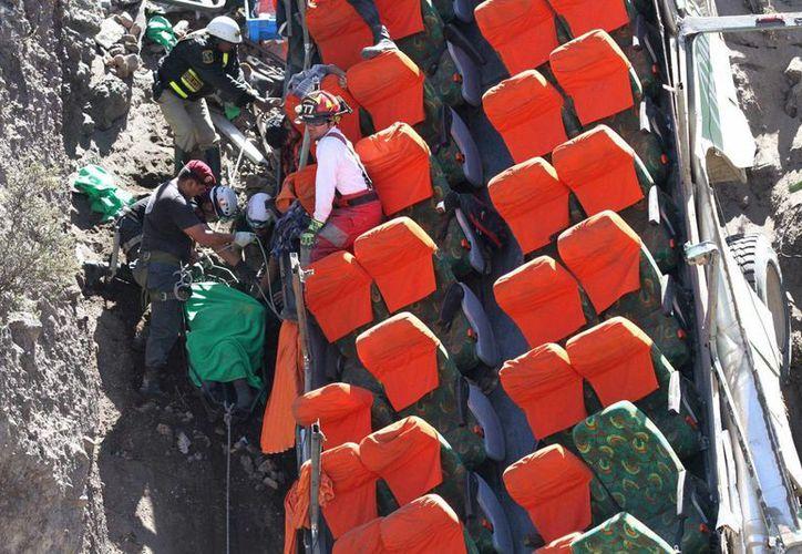 De acuerdo con cifras de la Organización Mundial de la Salud (OMS), en Perú se producen 15.9 muertes en accidentes de tránsito por cada 100.000 habitantes. (EFE/Archivo)