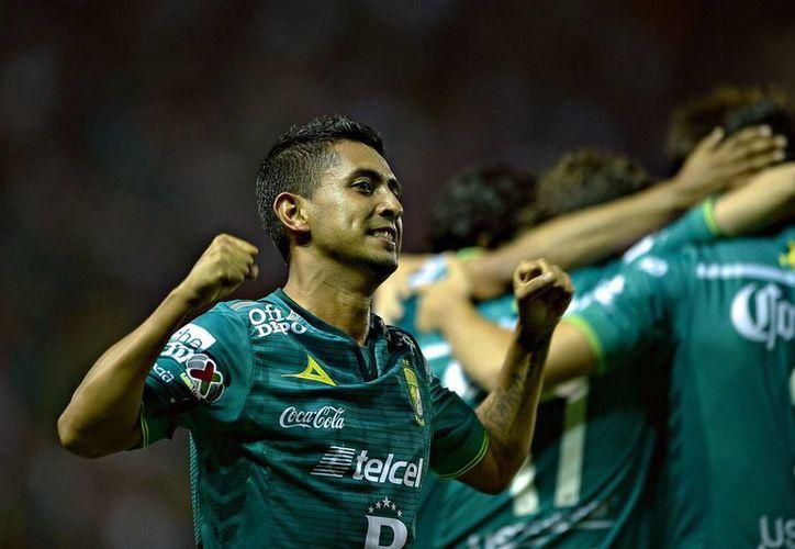 Elías Hernández, volante del Tri, regresa a la Selección Mexicana en sustitución de su compañero en el club León, José Juan Vázquez, El Gallito. (univision.com)