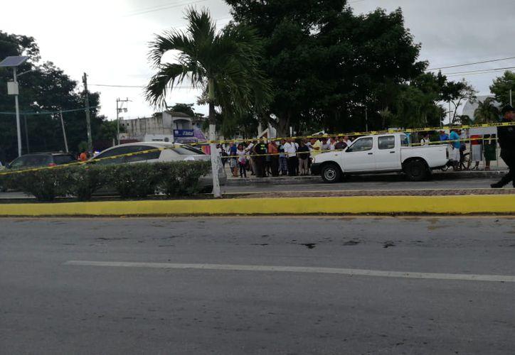 Los hechos ocurrieron en la Av. Tulum frente al Palacio Municipal. (Foto: Sara Cauich/SIPSE)