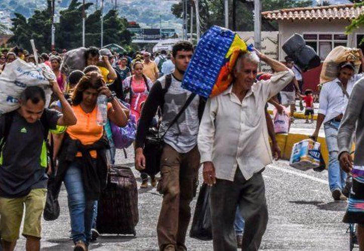 Argentina recibe el mayor número de migrantes de Venezuela. (Foto: El político)