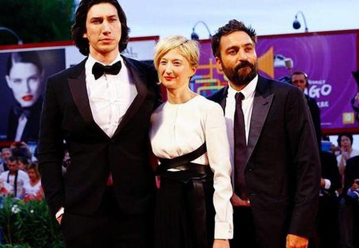 El director Saverio Costanzo presentó junto a los actores Alba Rohrwacher y Adam Driver la cinta 'Hungry Hearts'. (Reuters/Milenio )