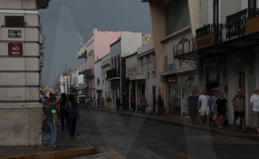 Se anticipan registros de los 26 a 30 grados en Yucatán y Campeche y de los 28 a 32 grados en Quintana Roo (Foto Daniel Sandoval)