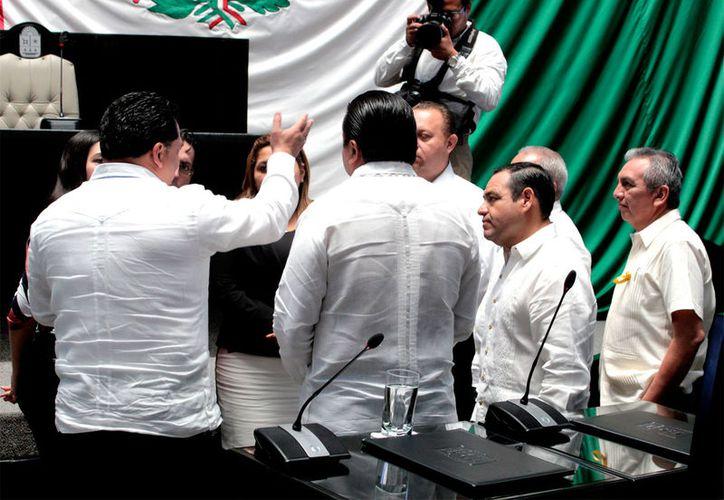 Los legisladores desconocen que haya algún amparo promovido por el ex presidente municipal de Cozumel. (Foto: Benjamín Pat / SIPSE)