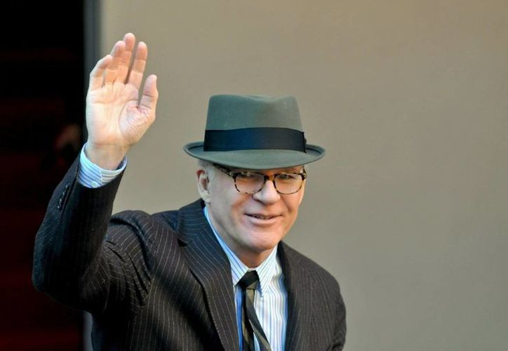 El actor estadounidense saluda a sus fans en imagen de archivo. (Agencias)