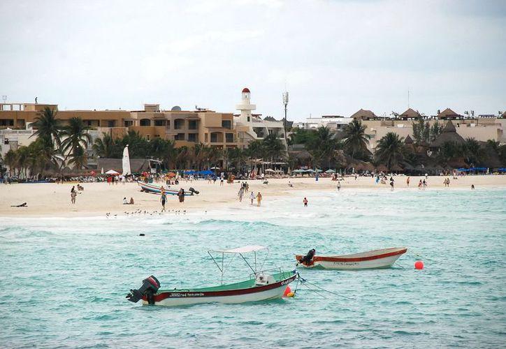 Las playas lucen limpias para el disfrute de los visitantes. (Cortesía/SIPSE)