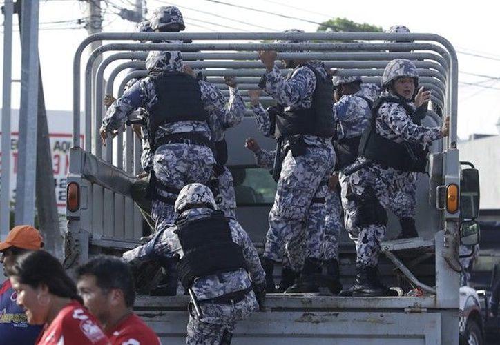 Las fuerzas de seguridad pública aplacaron el altercado en el Pirata Fuente. (Foto: Imago7)