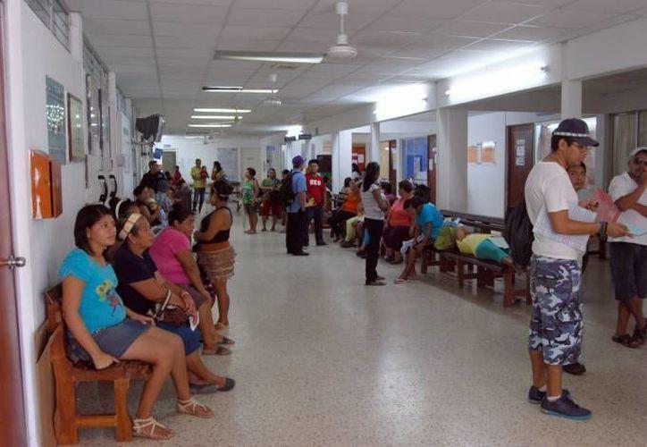 Las unidades médicas cuentan con suficientes vacunas para los pacientes. (Redacción/SIPSE)
