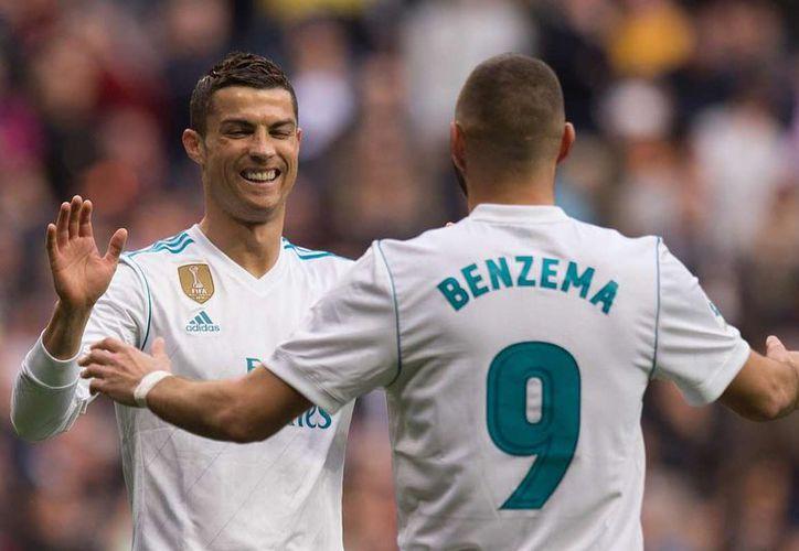 Cristiano y Messi suman 28 goles en esta campaña en el total. (Twitter)