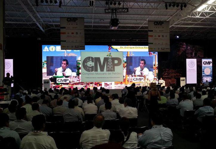 El anuncio se dio en el marco del Congreso Mexicano del Petróleo. (Renán Moguel/SIPSE)