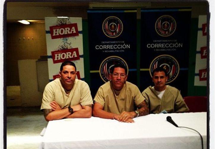 Los reclusos están identificados como @confinado11, @confinado2 y @confinado3 (Twitter)