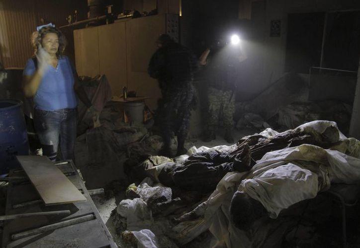 Las autoridades de Guerrero investigan a funerarias de la zona para que indiquen qué cuerpos fueron enviados a incineración a Cremaciones del Pacífico. (AP)