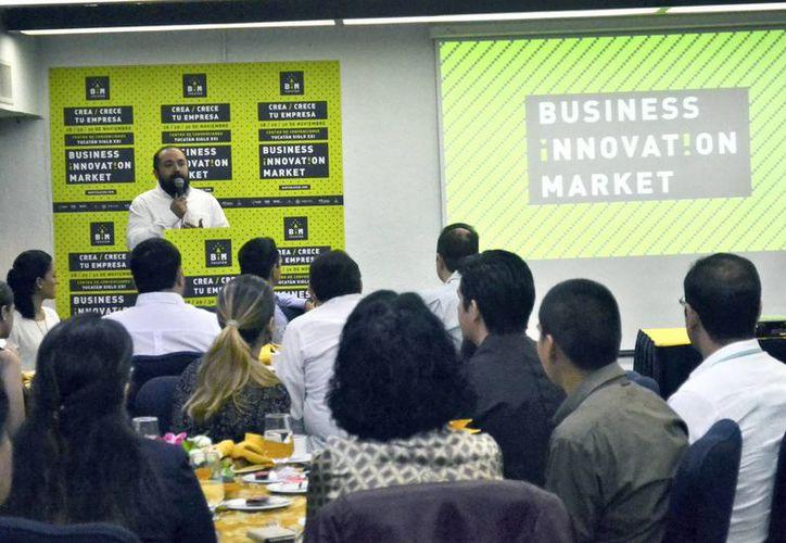 El Iyem organizará en Mérida el Business Innovation Market, el mayor evento de emprendimiento en el sureste de México. Imagen de la presentación a cargo del Iyem. (Daniel Sandoval/SIPSE)