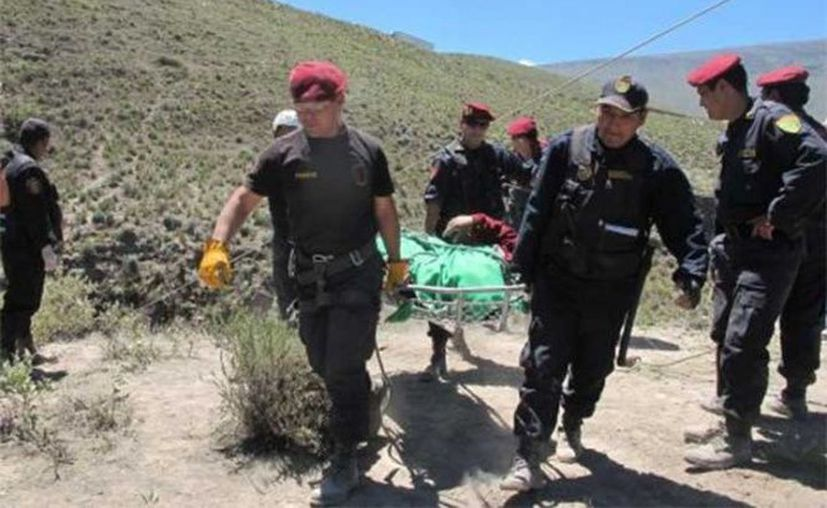 Los cuerpos fueron trasladados hasta la Microred Surcubamba, en la provincia de Tayacaja. (Excelsior)