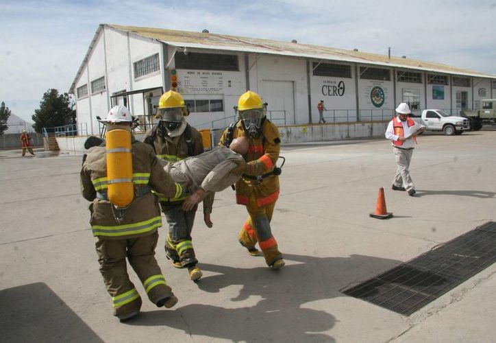 Simulacro en Pemex Gas y Petroquímica Básica, en Chihuahua. (Notimex)