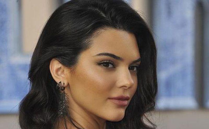 Llaman tacaña a Kendall Jenner