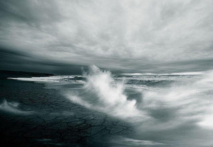 La tormenta genera una ola que se mueve hacia la costa y que es ampliada por una placa continental profunda. (El Tiempo)