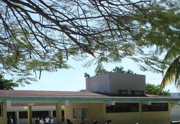Esperan que los estudiantes que cursan el nivel básico en el municipio aprovechen su formación académica. (Alida Martínez/SIPSE)