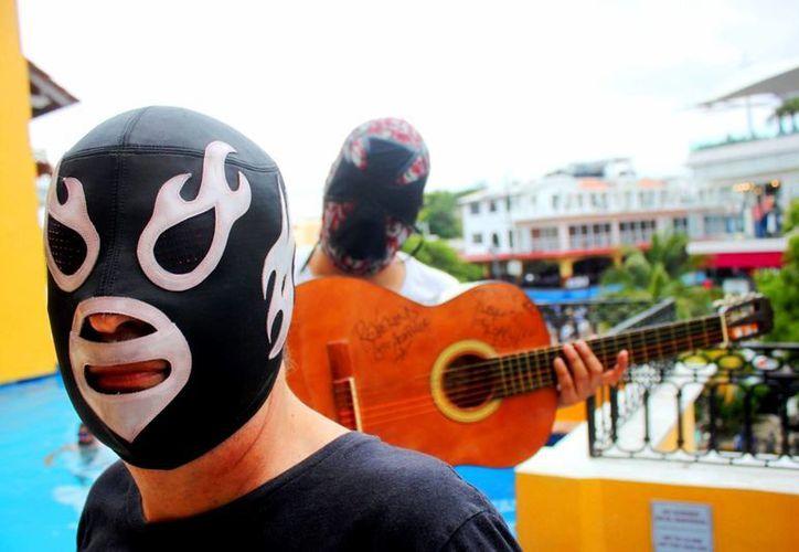 La banda Lost Acapulco se presentó este fin de semana en el festival Sonido Rudos y Técnicos de Playa del Carmen. (Daniel Pacheco/SIPSE)