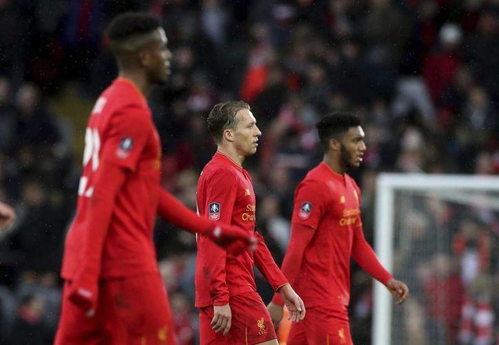 Liverpool fue sorprendido por el Wolverhampton, equipo que milita en la segunda división, en el duelo correspondiente a la cuarta ronda de la Copa FA.(Peter Byrne/AP)