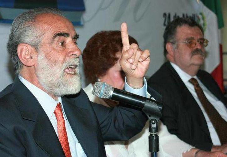 El texto que propone Fernández de Cevallos será analizado en breve por los diputados panistas. (Archivo/SIPSE)