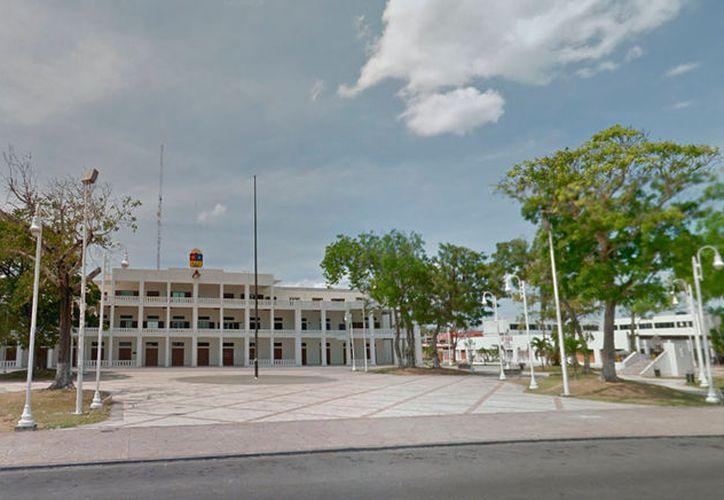 """Una padre """"ejemplar"""" huyó a la ciudad de Chetumal (foto) para """"esconderse"""" de su esposa, y no pasar pensión alimenticia para sus 4 hijos. Fue capturado en Mérida 10 años después de """"fugarse"""" con otra mujer. (Google Street View)"""