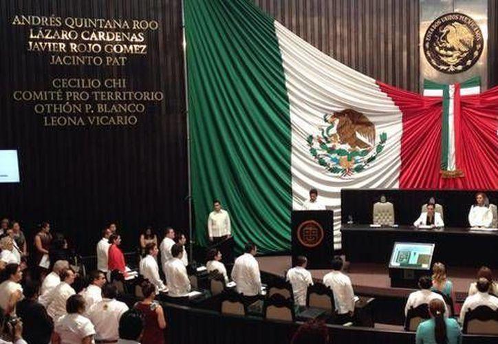 Ralizan Sesión Solemne en el Palacio Legislativo. (Foto/@CongresoQRoo)
