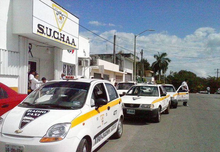 El sindicato de taxistas de Chetumal busca detener el crecimiento en concesiones de taxis. (Archivo/SIPSE)