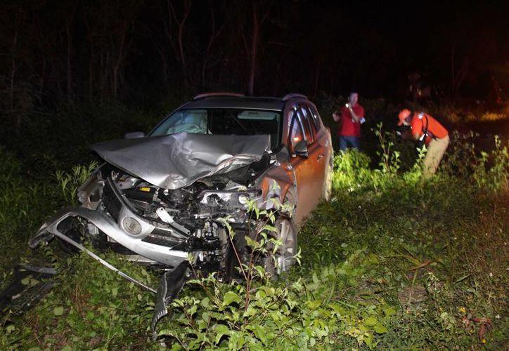 Un choque entre cuatro vehículos dejó 10 lesionados y una persona fallecida, cerca de Leona Vicario. (Redacción/SIPSE)