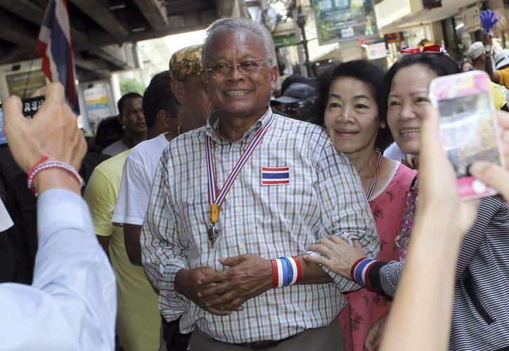 Suthep Thaugsuban encabeza una protesta antigubernamental este jueves en Tailandia. (Foto: AP)