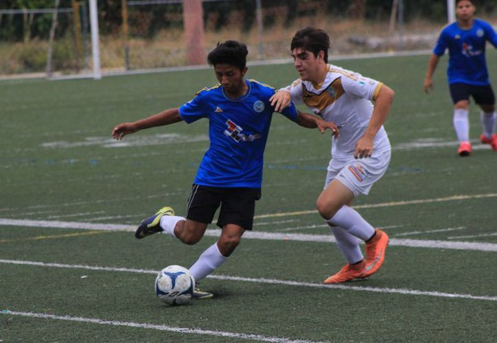 Un 70 por ciento del equipo anterior ya no podrá participar debido al límite de edad de la Tercera División. (Raúl Caballero/SIPSE)