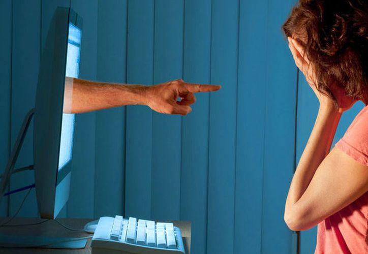 Actualmente se ha duplicado la cantidad de menores que cometen delitos ciberneticos a cualquier tipo de persona. (Foto: Internet).