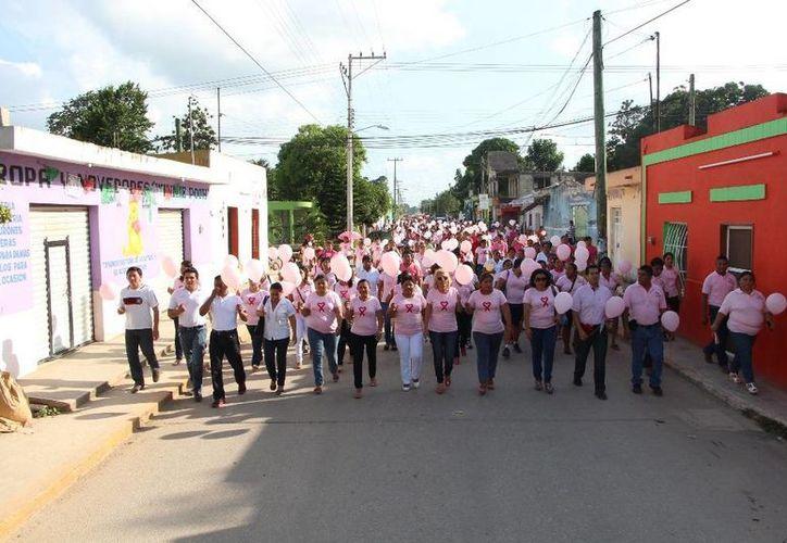 """El recorrido inició en frente de la escuela secundaria """"Tierra y Libertad"""". (Raúl Balam/SIPSE)"""