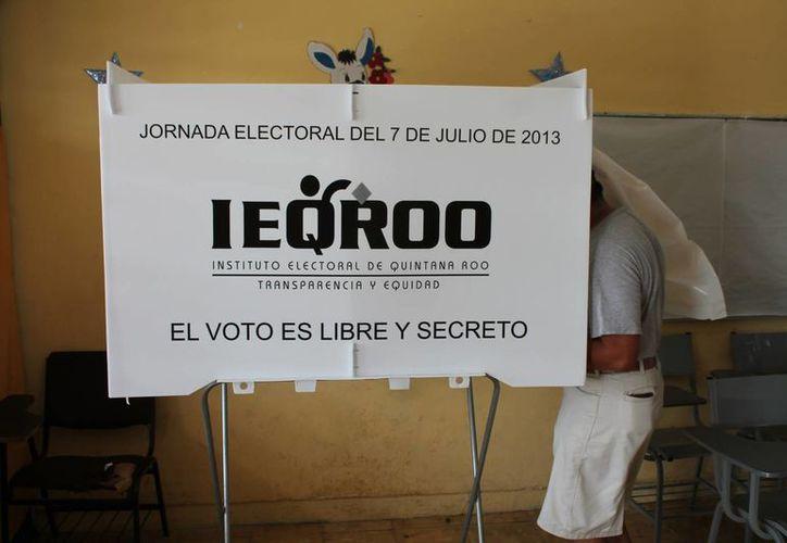 El día de las elecciones los votantes podrán usar cualquier marcador, siempre que éste sea visible. (Ángel Castilla/SIPSE)