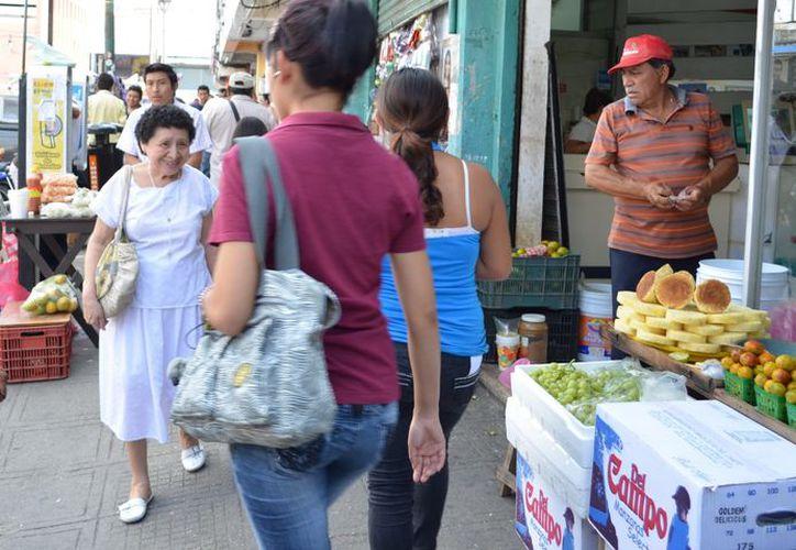 La autoridad municipal realizó limpieza de calles en cuanto a vendedores ambulantes se refiere. (Archivo SIPSE)