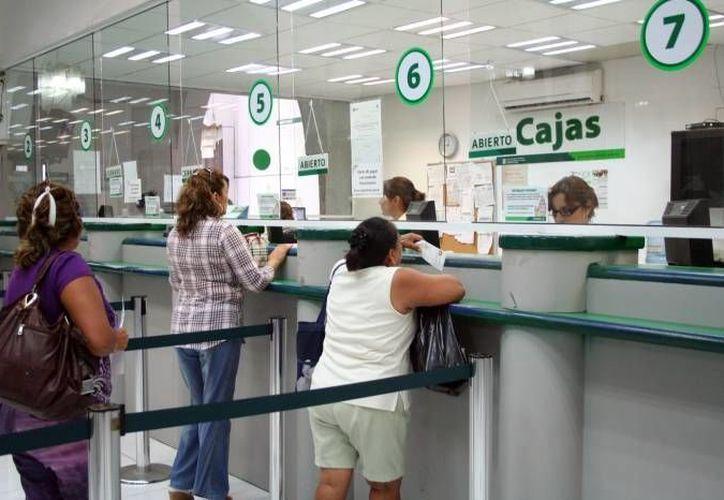 La Japay anunció mejoras en sus servicios de control de contigencias. En la imagen, la zona de cajas de una de las oficinas. (Imagen de contexto/sipse.com)