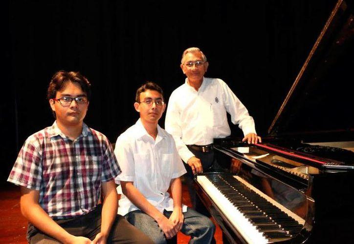 Jóvenes talentos de la Uady ofrecerán un concierto de piano. (Milenio Novedades)