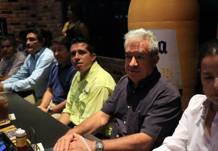 Rueda de prensa en la que se presentó el proyecto entre la Fundación de Pesca Deportiva y Recreativa de Yucatán, A.C. y la UNAM. (Milenio Novedades)