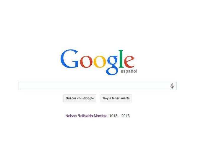 Bajo la barra del buscador Google colocó el nombre completo del fallecido Nelson Mandela. (google.com)