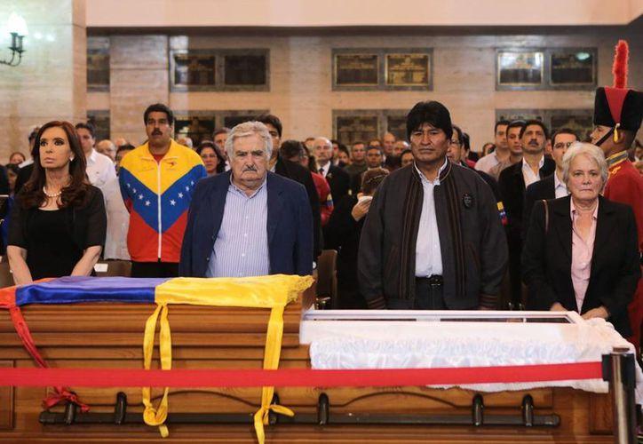 Durante el funeral de Hugo Chávez en Venezuela. (Agencias)