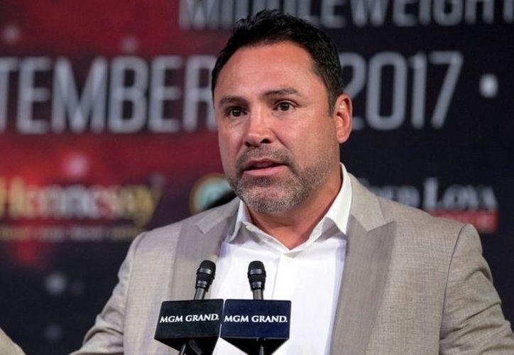 El exboxeador Óscar de la Hoya se dijo inspirado por Kenye West para postularse como candidato a la presidencia de Estados Unidos. (Reuters)
