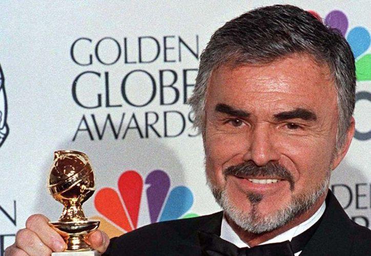 El actor se declaró en bancarrota en 1996, luego que reveló que tenía una deuda cercana a los 10 millones de dólares. (IMDB)