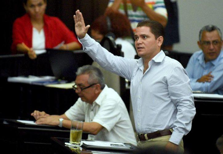 Juan Carlos Pereyra donará los ingresos que recibe del Congreso a la Cruz Roja. (Foto: Contexto)
