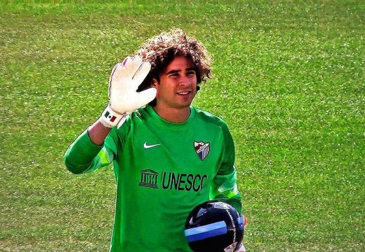 El mexicano Guillermo Ochoa ha encontrado en la Copa del Rey la única oportunidad para poder jugar en España. (showyou.com/Foto de archivo)