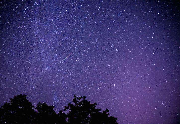 Los meteoros de la Delta Acuáridas suelen verse un poco tenues. (Muy Interesante).