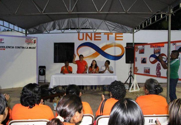 Las actividades se desarrollaron en las instalaciones de la loable institución. (Raúl Balam/SIPSE)
