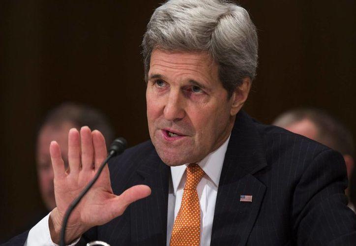 Kerry dijo que la apertura de EU a Cuba elimina el 'pretexto' del gobierno de la isla para 'limitar las libertades y la economía' de su pueblo. (EFE)