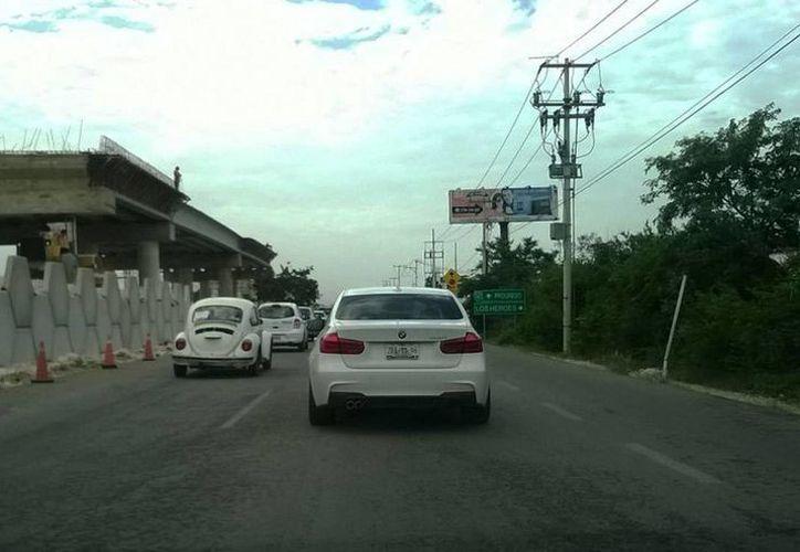 En el Anillo Periférico de Mérida no se debe circular a más de 90 km/h ni a menos de 70 km/h. (Foto: Uziel Góngora/SIPSE)