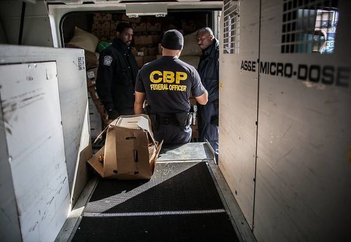 La droga fue rastreada en una segunda revisión. Estaba dividido en seis paquetes. (cbp.gov)