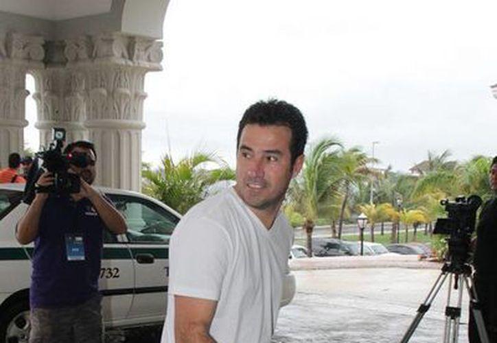 El ex jugador de Puma de la UNAM, Joaquín del Olmo, literalmente hizo maletas: se va a España como director deportivo del Real Oviedo, de la segunda división española. (Archivo/NTX)